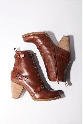 Deena & Ozzy Boots $68